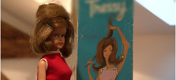 Les secrets de la poupée la plus célèbre du monde