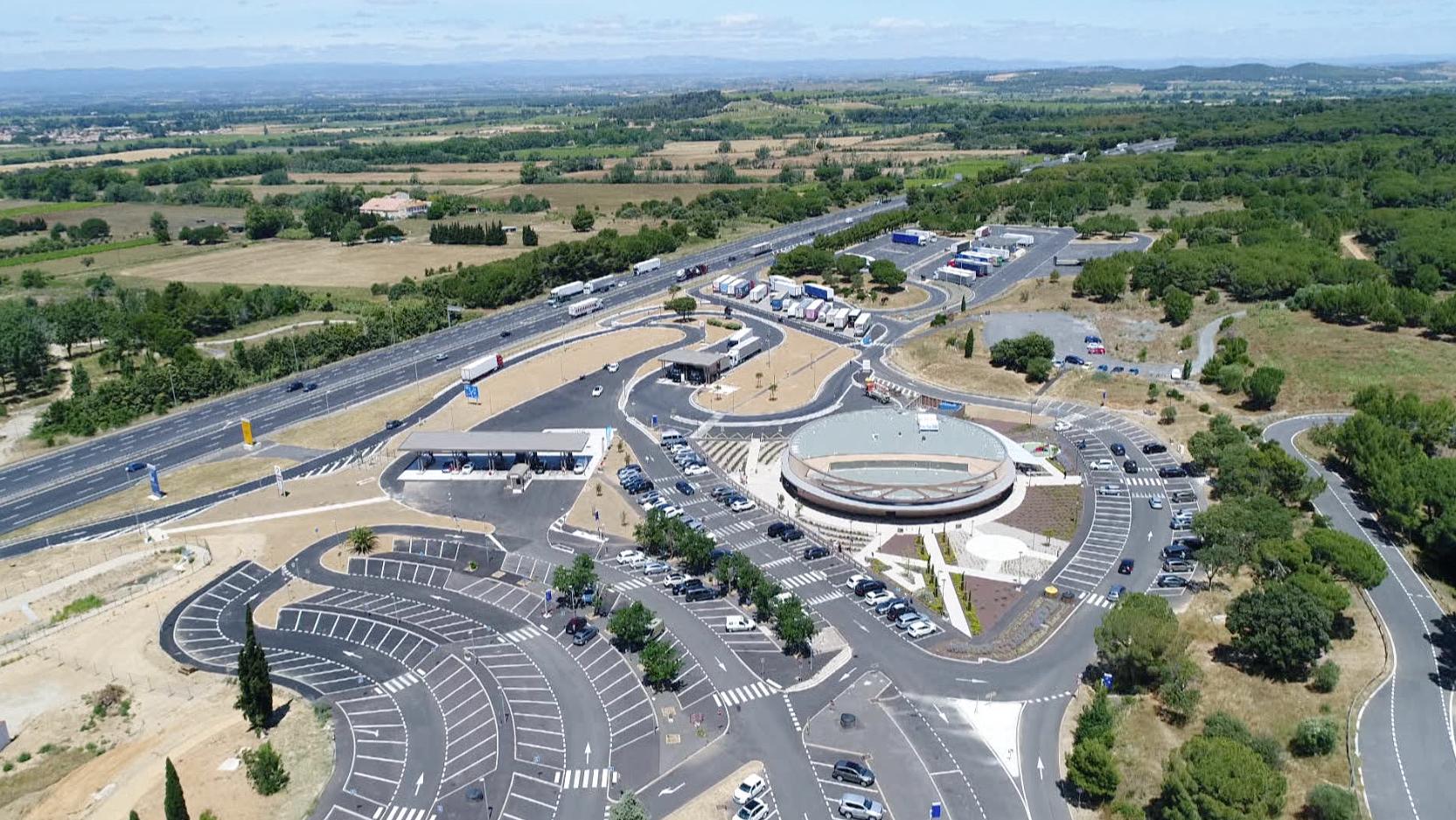 Loisirs et shopping : le nouveau pari des aires d'autoroute